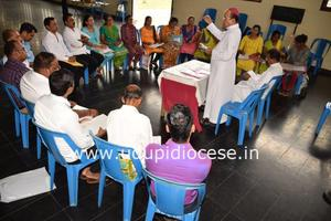 Bishop celebrates Mass and meets the Members of 18 Commissions at Miyar