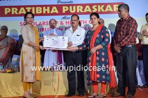 Prathibha Puraskar and Health Card Distribution Programme at Kundapur