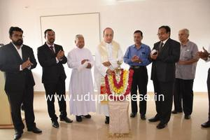 Bishop Gerald Lobo Inaugurated the Centre for Career Excellence At Milagres College