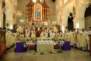 Udupi Bishop celebrates the Chrism Mass