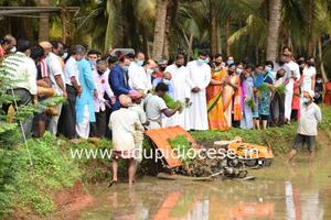 Bishop Gerald Lobo inaugurates Agriculture on Barren Land Project