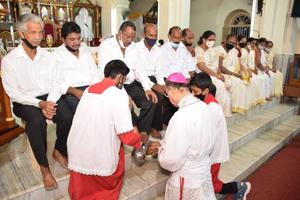 Maundy Thursday Observed With Solemnity in Udupi