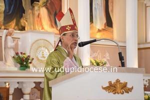 Pastoral Visit to St Anne Church, Thottam