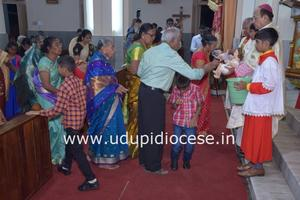 Christmas Eve Celebrated with Great Pomp and Joy at Milagres Cathedral, Kallianpur